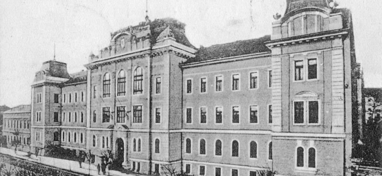 184 Törvényszéki palota 1909_1400